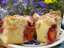 Ciasto z owocami i piernikową kruszonką