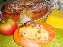 Ciasto ucierane z jabłkami i rodzynkami