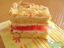 Ciasto ucierane z wkładką owocową