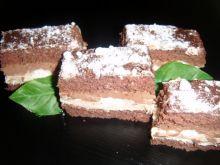 Ciasto z bezami i chałwą