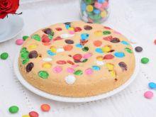 Ciasto z białek z cukierkami