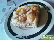 Ciasto z brzoskwiniami i migdałami 2