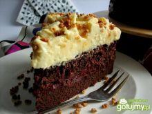 Ciasto z burakiem, czekoladą i śliwkami