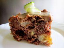 Ciasto  z cukinia,czekoladą i jabłkiem