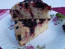Ciasto z czarnymi porzeczkami