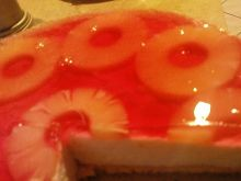 Ciasto z galaretką i ananasem