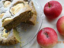 Ciasto z herbatą matcha i jabłkami