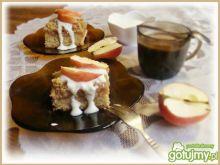 Ciasto z jabłkami i cynamonową kruszonką