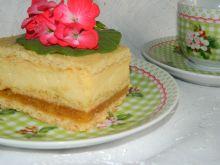 Ciasto z jabłkami i masa serową - Pyszne ciasto idealne na każdą okazję po prostu rozpływa się w ustach.