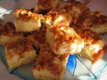 Ciasto z jabłkami na maślance