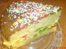 Ciasto z kremem krówkowym i galaretką