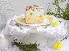 Ciasto z kremem, z brzoskwiniami i pianką