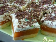Ciasto z Kubusiem i bitą śmietaną