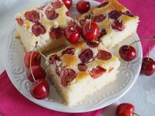 Ciasto z manną i czereśniami