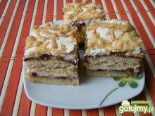 Ciasto z masą bydyniową i bezą