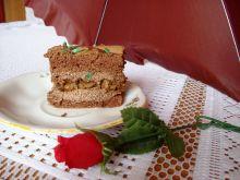 Ciasto z masą kakaową i wiśniami