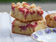 Ciasto z maślanką i owocami