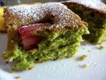 Ciasto z rabarbarem na zielono