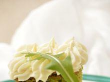 Ciasto z rukolą i kremem z białą czekoladą