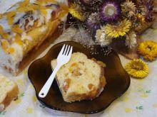 Ciasto z suszonymi morelkami