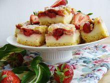 Ciasto z truskawkami i kiwi