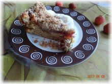 Ciasto z truskawkami i orkiszową kruszonką