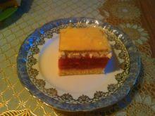 Ciasto z truskawkami i śmietanką