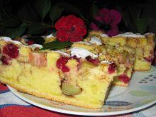 Ciasto z wiśniami i rabarbarem