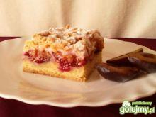 Ciasto ze śliwkami pod różową pianką