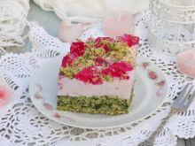 Ciasto ze szpinakiem, pianką i galaretką