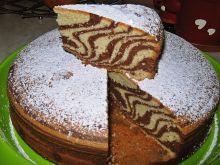 Ciasto zebra z sokiem truskawkowym