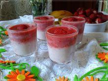 Cieniowany deserek truskawkowy