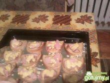 Ciepłe kanapki z resztkami wędlin