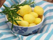 Co zrobić z ugotowanych wcześniej ziemniaków?