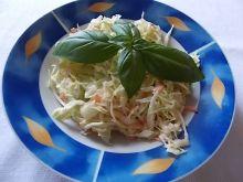 Colesław z bazylią i cytryną