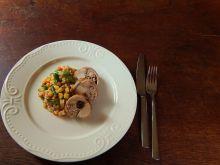Comber z królika z pęczakiem i warzywami