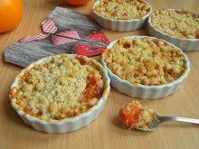 Crumble z grejpfruta i orzechów włoskich