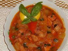 Cukinia w sosie pomidorowo-bazyliowym