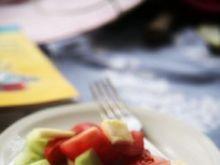 Cukinia z ogórkiem i pomidorem