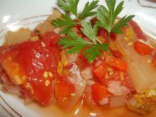 Cukinia z warzywami w pomidorach