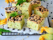 Cukiniowe ciasto