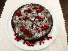 Cukiniowy czekoladowiec z czerwoną porzeczką
