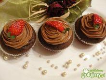 Cupcakes czekoladowe z kremem z nutelli