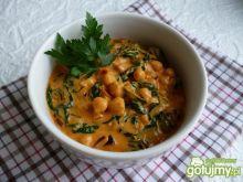 Curry z cieciorką i szpinakiem