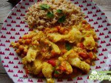 Curry ze szczupaka i cieciorki