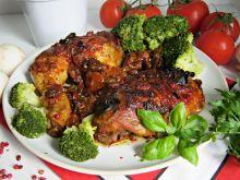 Ćwiartki z kurczaka w czerwonym sosie z rodzynkami