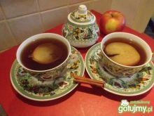 Cynamonowa herbatka z jabłkiem