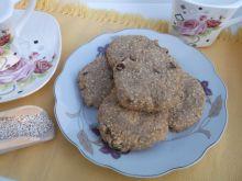 Cynamonowe ciasteczka z amarntusem i rodzynkami