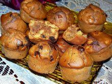 Cynamonowe muffinki z jabłkami i czekoladą