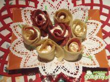 Cynamonowe róże naleśnikowe